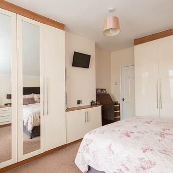 Custom fitted bedroom wardrobes